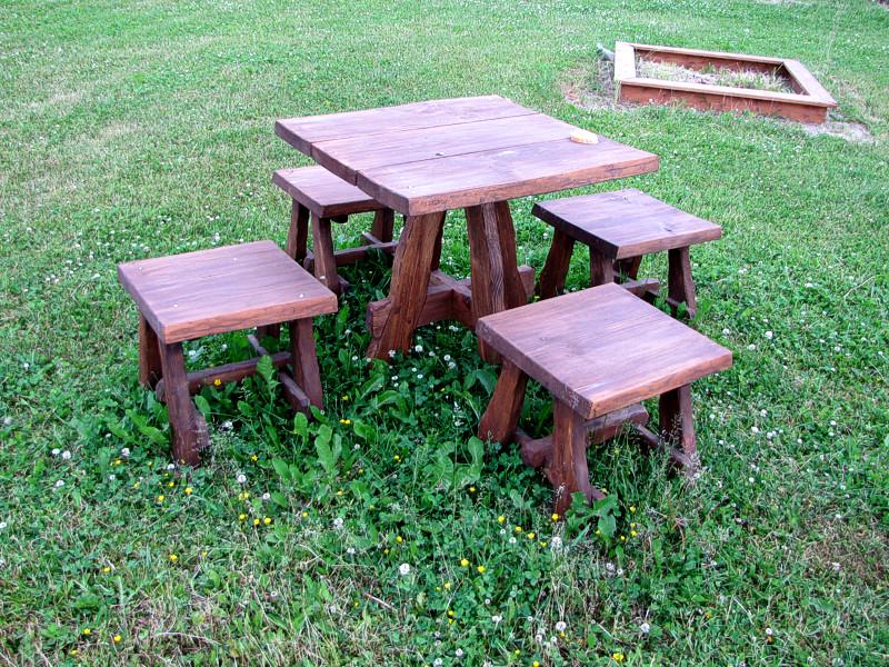 Mööblikomplekt / Set of furniture 17